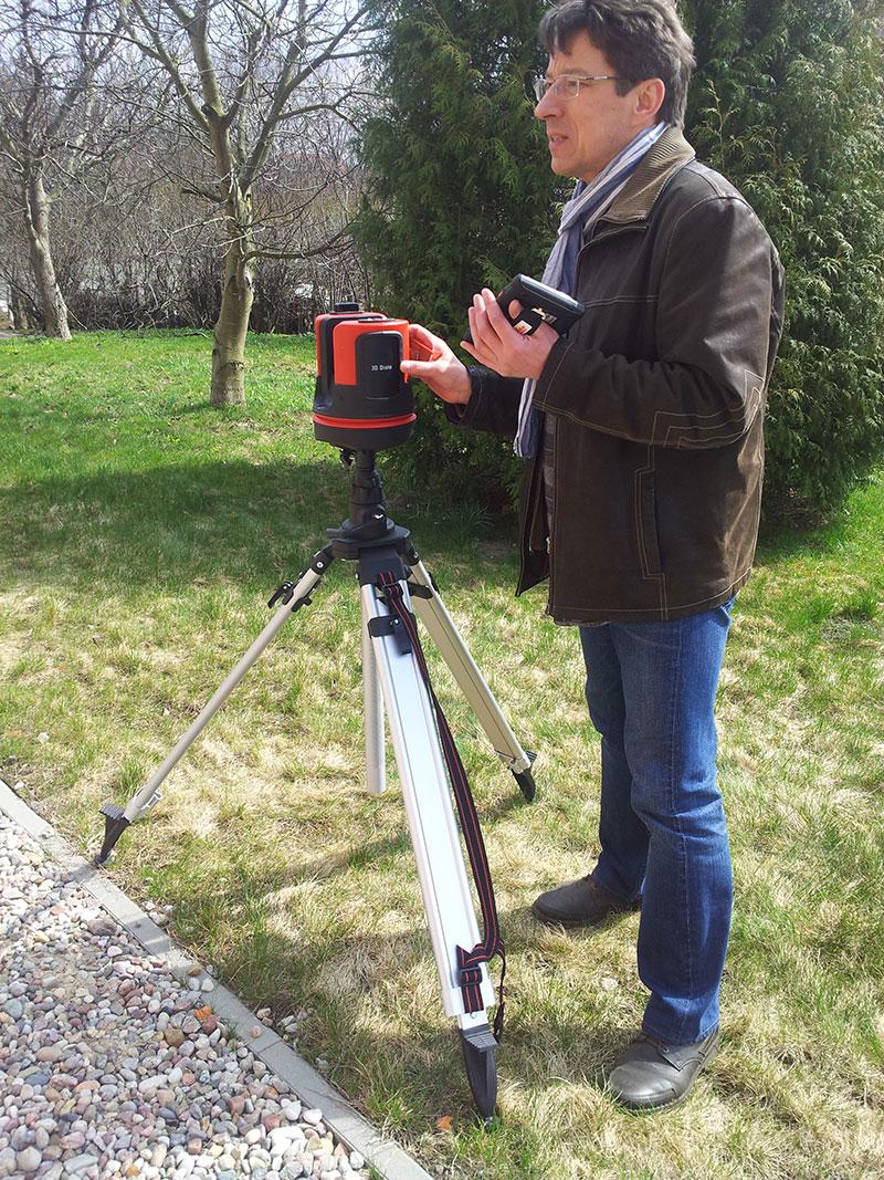 Leica 3D Disto sterowana za pomocą kontrolera z dotykowym ekranem