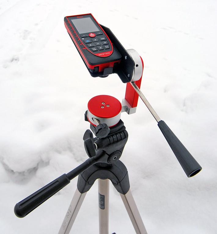 Dalmierz laserowy Leica Disto D510 i adapter kątowy Leica TA 360
