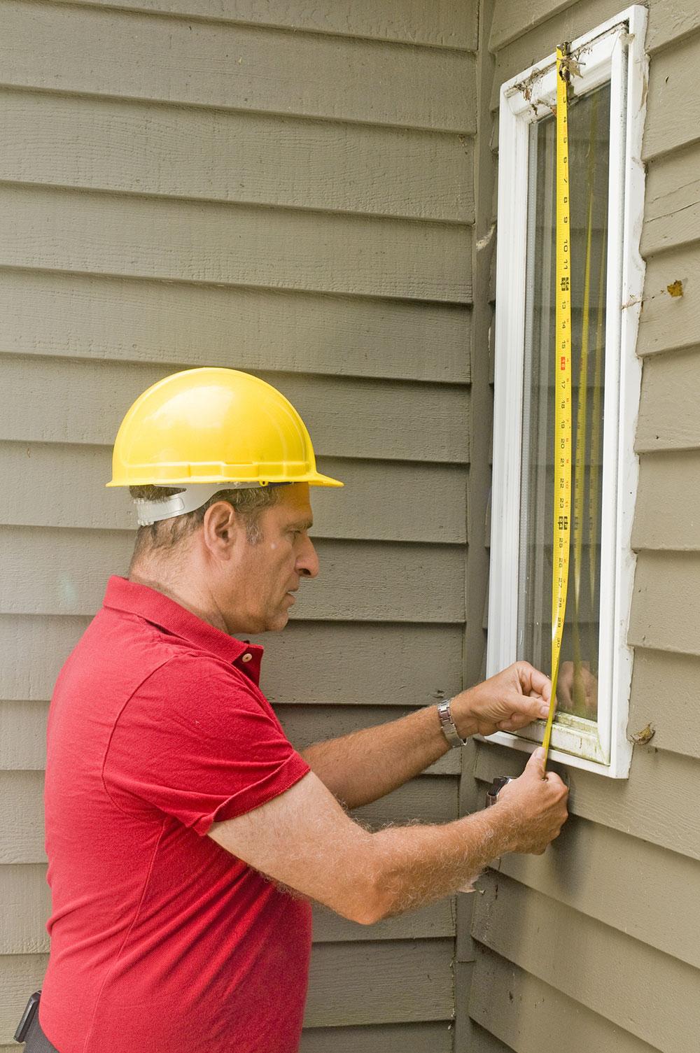 Klasyczne podejście do wymiarowania okien - zwijana taśma