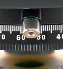 Koło poziome w niwelatorze optycznym