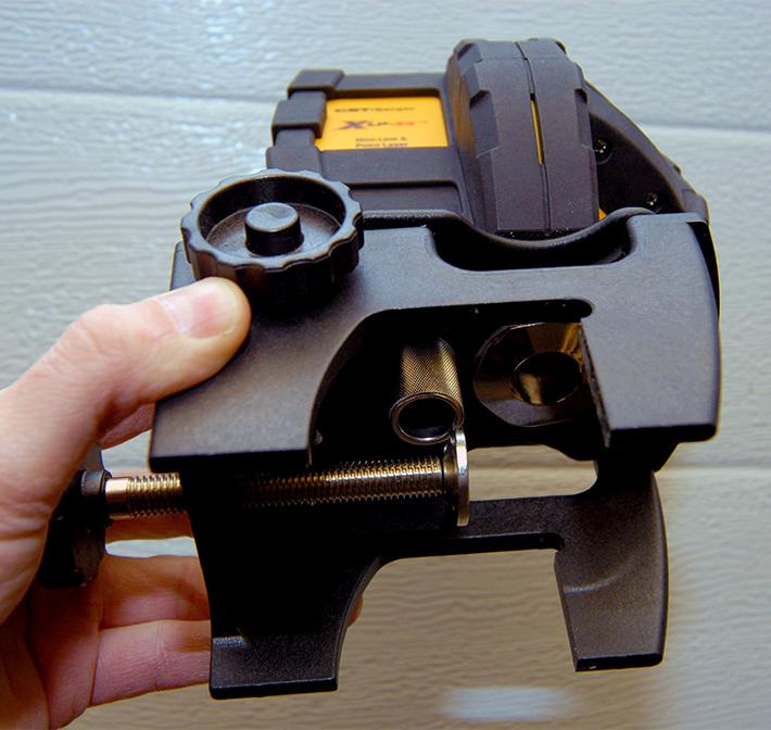 Laser samopoziomujący CST/berger XLP34 z elektronicznym kompensatorem