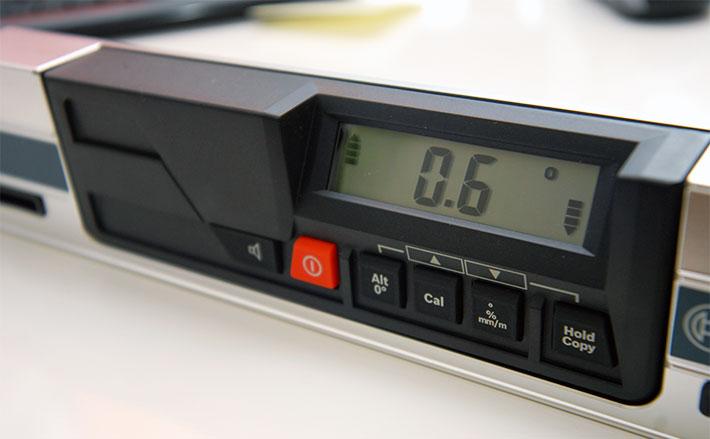 Poziomnica elektroniczna Bosch GIM 60L