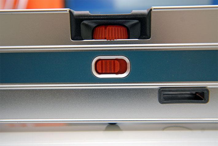 Ustawianie poziomów za pomocą poziomnicy elektronicznej Bosch GIM 60 L